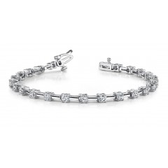 3.05 ct Ladies Round Cut Diamond Tennis Bracelet ( Color G Clarity SI-1) in 14 kt White Gold
