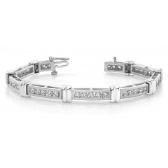 4.14 ct Ladies Round Cut Diamond Tennis Bracelet ( Color G Clarity SI-1) in 14 kt White Gold