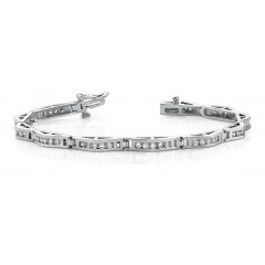 4.25 ct Ladies Round Cut Diamond Tennis Bracelet ( Color G Clarity SI-1) in 14 kt White Gold